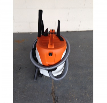 STIHL Wet and Dry Vacuum cleaner 110v. Hire a vacuum cleaner from Jradcliffe Plant Hire in Huddersfield.
